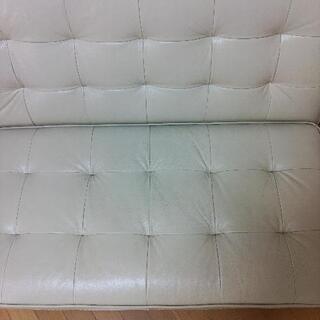 小さいソファー差し上げます。 − 神奈川県