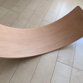 木製バランスボード 揺れるバランスボード 子供ウッドカーブプレー...