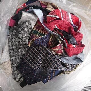 📢 ネクタイ 大量 😉👍✨