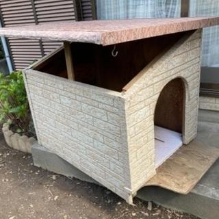 犬小屋(屋根開閉できます)