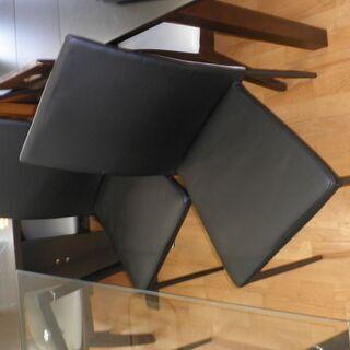 k438☆ダイニングテーブルセット☆ガラスダイニングテーブル5点セット☆テーブル+椅子4脚☆近隣配達、設置可能 − 愛知県