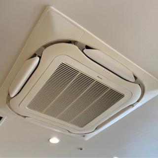 [業務用エアコン専門クリーニング]1台から承ります。の画像