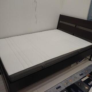 IKEA  ベッドフレーム140×200  マッドレス  敷布団...