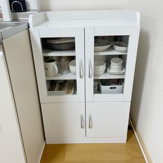 【譲渡先決定】食器棚 鏡面仕上げ ホワイト