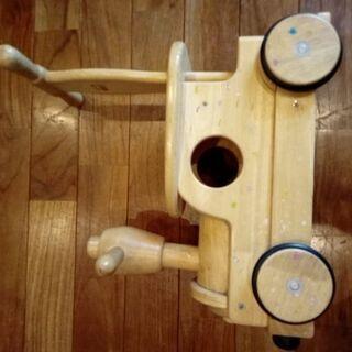 木製の押し車