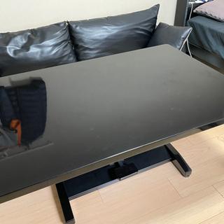 昇降式ダイニングテーブルの画像