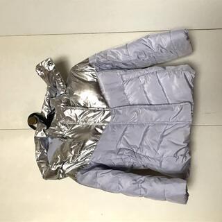 ★GAP★冬物ジャケット★上着★フード付きの画像