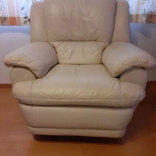 本皮中古の白色リクライニングシートを2個同じものをお譲りします。 - 宗像市
