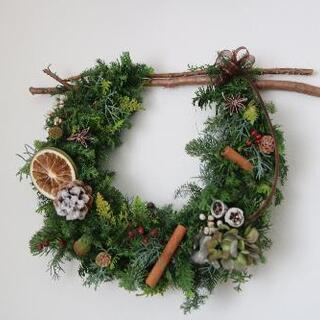 生木で作るクリスマスリース☆