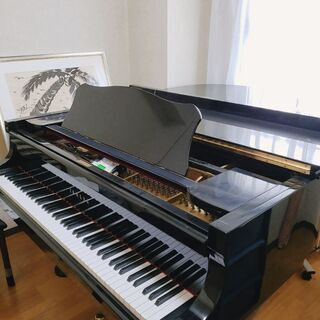 グランドピアノ·レンタルルーム