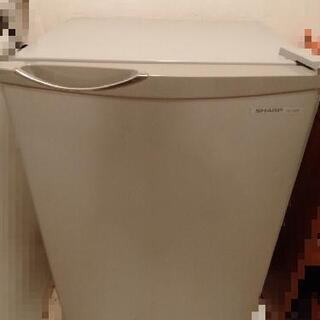 2013年製 シャープ ノンフロン冷蔵庫 SJーH8WーS