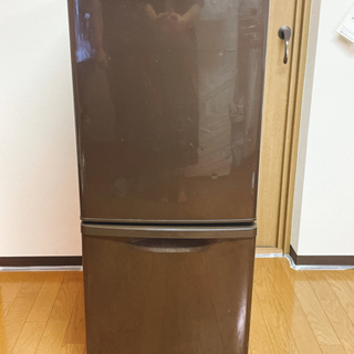 冷蔵庫 パナソニック冷蔵庫 NR-B143W
