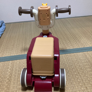 くまのプーさんおしゃべりウォーカーライダー − 大阪府