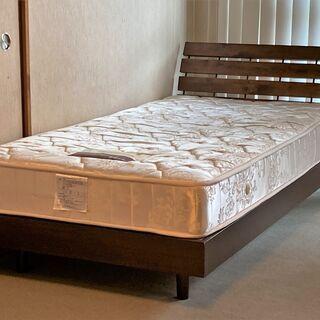【無料】シングルベッド(組立式、ポケットコイルマットレス付き)