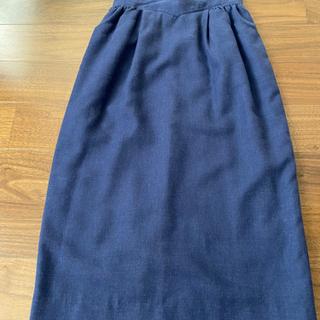 紺の膝丈スカート 美品