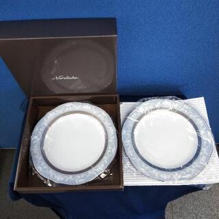 ノリタケ 23センチ皿 二枚入り 未使用品アクセント皿X2枚
