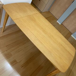 【ネット決済】ニトリ ダイニングテーブル伸縮性120〜160