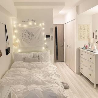 お部屋の壁紙や床を綺麗にいたします!