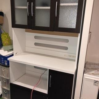 【ネット決済】❣️食器棚❣️