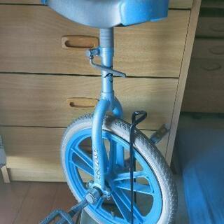 一輪車スタンド付き。