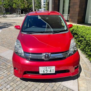 トヨタ イシスプラタナ 2012モデル