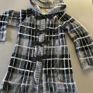 冬の暖か可愛いフード付きコート