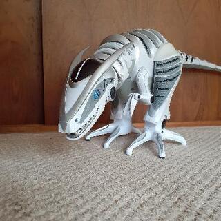 ロボットザウルス