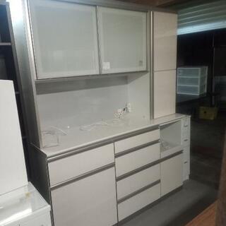 大型カップボード 食器棚