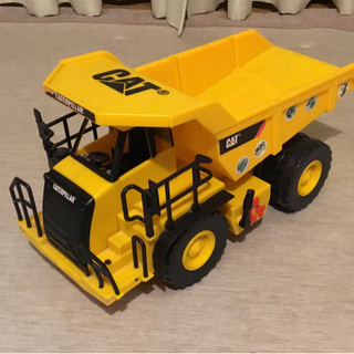キャタピラー トラック おもちゃ