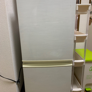 10月3日〜引取り可能◎SHARP製 冷蔵庫