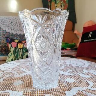 無料‼️ボヘミアガラス花瓶