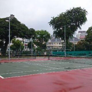 名古屋でテニスwith in English support.