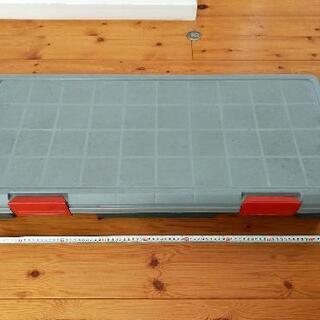 収納コンテナ 薄型