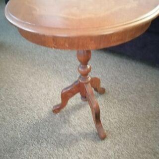 アンティーク調円テーブル