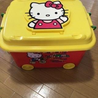 キティちゃんおもちゃ箱