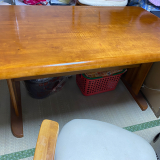 ダイニングテーブル130×78高さは70おおよそです