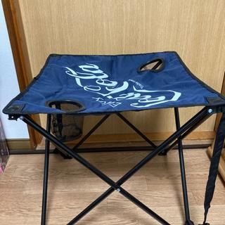 キャンプ道具 折り畳み テーブル