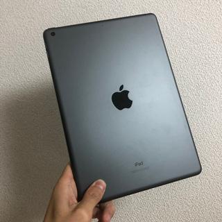 【美品】Apple iPad 2020年モデル MYL92J/A