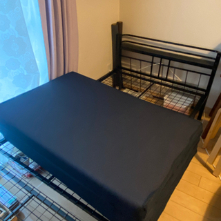 パイプベッド です。 - 家具