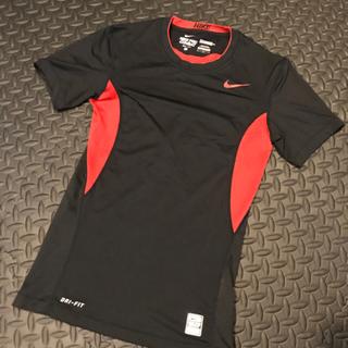 【NIKE 】ナイキ Tシャツ Mサイズ【ブラック&レッド】
