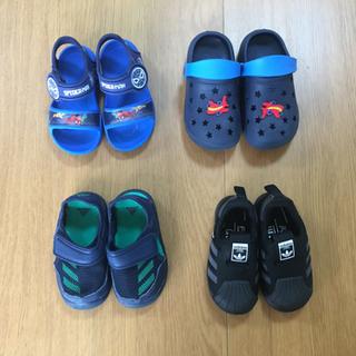 子供用の靴 4足 130-160
