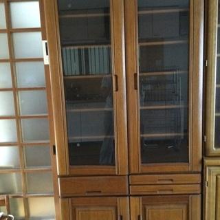 幅90cmの食器棚