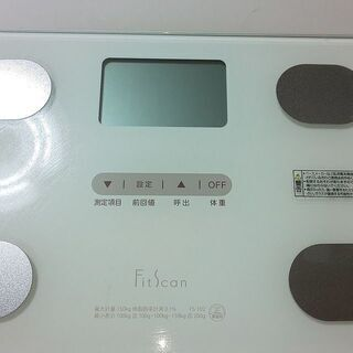 体重計 FitScan 2017年製 単4形乾電池4本 必要です