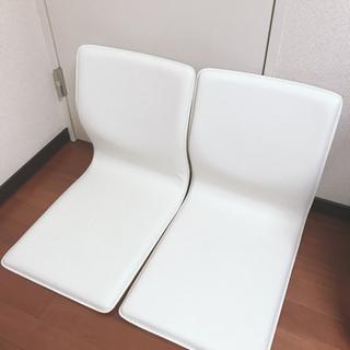今月で処分予定!ニトリ 白 椅子 イス 2個あります