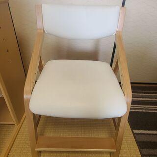 学習椅子 高さ調節可能