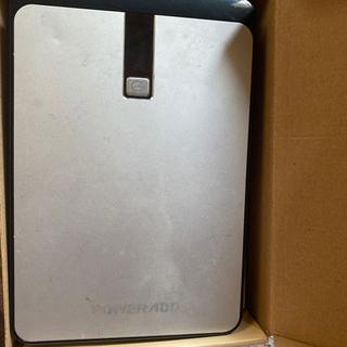 大容量モバイルバッテリー(重さ560g)