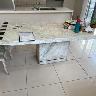 破格🔥大理石ダイニングテーブル