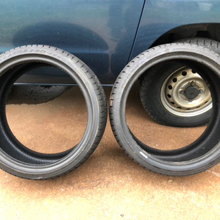 新品未使用タイヤ 海外製 17インチ