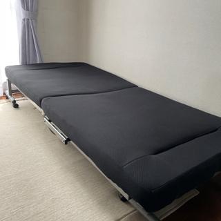 折りたたみベッドお譲りします! 【500円】