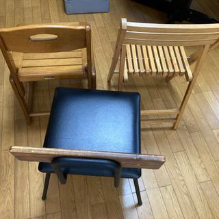 椅子三脚まとめて 25日昼ごろ引取限定です